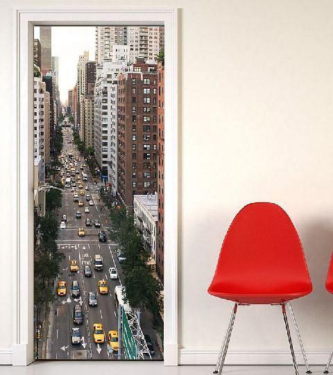 Интересные идеи фотообоев на дверь с фото