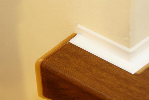 Установка накладки на подоконник – шаг за шагом