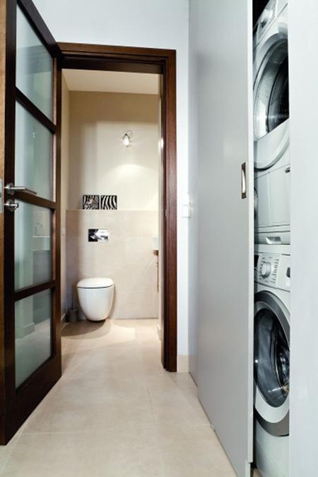 Фото. Большой шкаф в ванную комнату