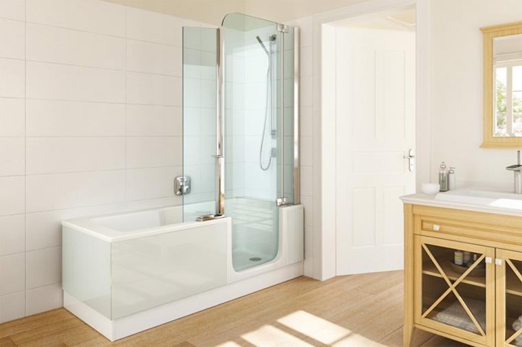 Ванна с ширмой – удобный вариант 2 в 1