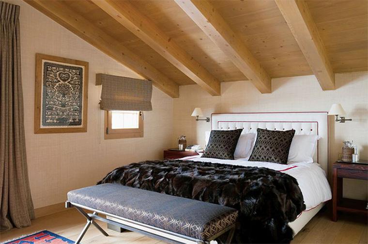 Фото. Спальня в теплых коричневых тонах