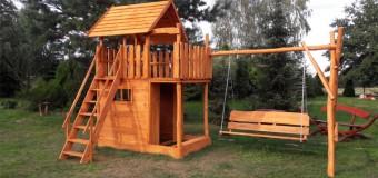 Игровой домик для детей на даче – фото и идеи