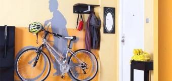 Кронштейны и вертикальные крепления для хранения велосипеда на стене – за колесо, за раму, на дверь