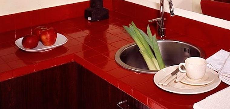 Керамическая столешница из плитки на кухню