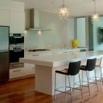 Кухни, совмещенные с гостиной с барной стойкой, дизайн