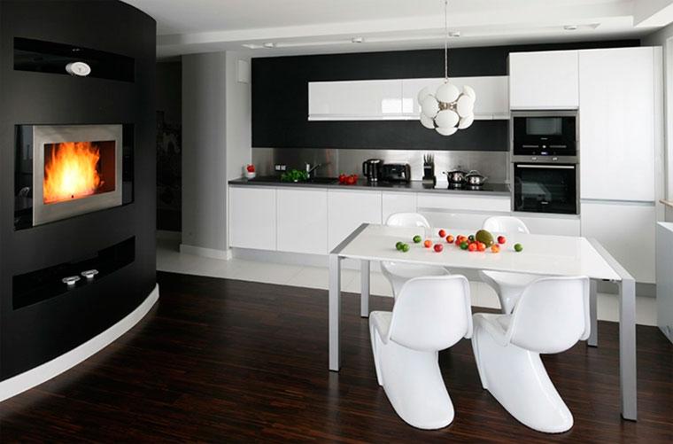 Интерьер кухни черного цвета, с черными фасадами