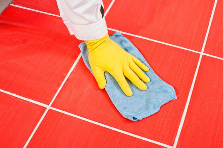 Как почистить затирку между плиткой