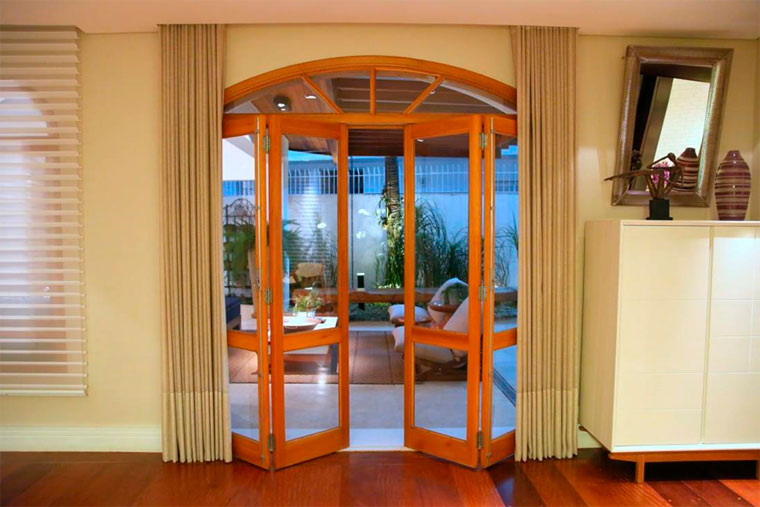 Межкомнатные складные двери гармошка